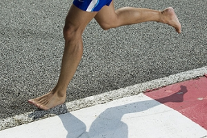 Running Barefoot May Help Your Feet